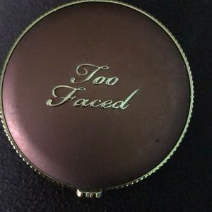 Too Faced Chocolate Soleil long wear matte bronzer